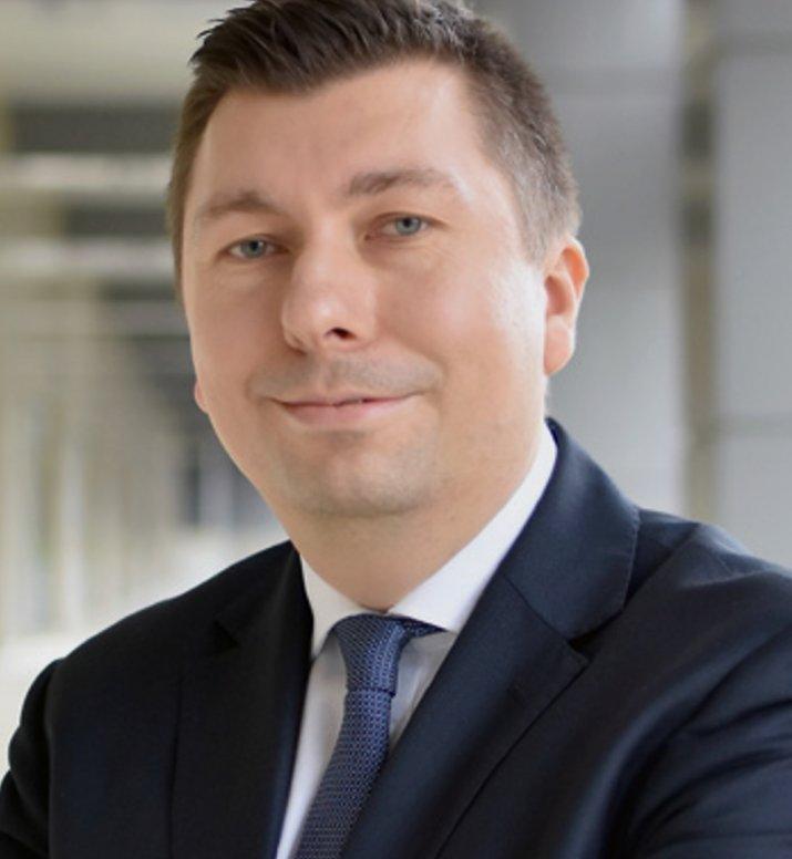 Łukasz Wojdak Bank BNP Paribas (1)