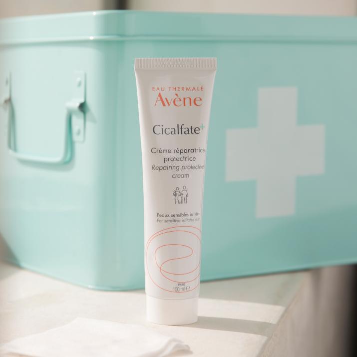 av_e-retail_cicalfate+_repairing+protective+cream+100ml_social_post_ld