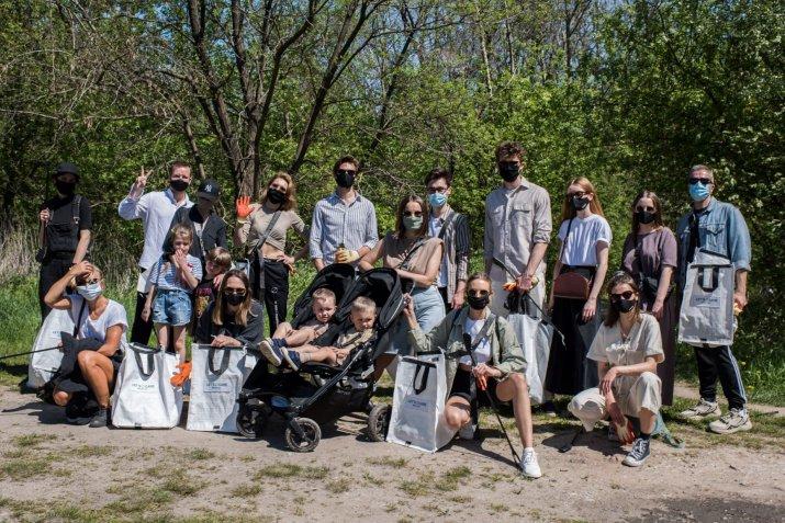 sprzątanie lasu 2