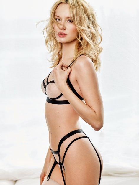 Obsessive-nudelia-set-nude-wiz-2