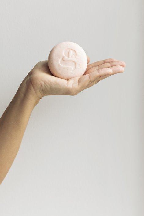Soap for globe szampon dowłosów długich fot. Edyta Bartkiewicz